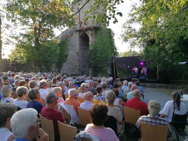 KlangZeit auf der Burgruine Hohennagold