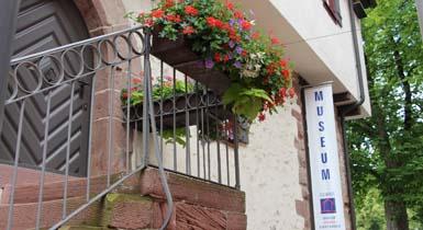 Außenansicht Museum im Steinhaus
