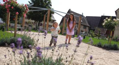 Kinder im Stadtteil Hochdorf in Nagold