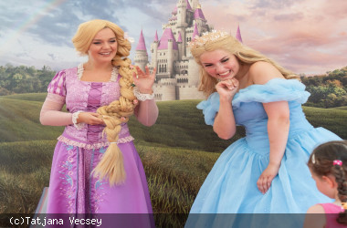 Rapunzel und Cinderella laden zum Fotografieren ein