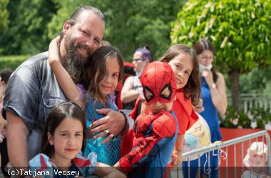 """Besucher der Aktion """"Superhelden in der Stadt"""""""