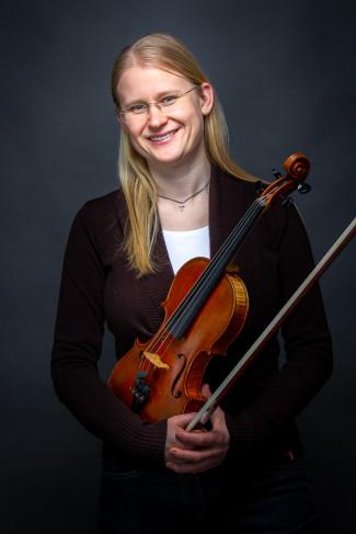 Veronika Burth, Lehrkraft für Violine und Viola